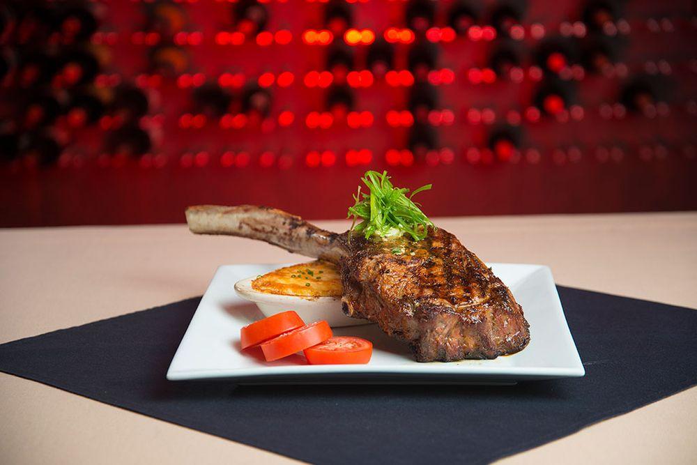 The Steak House: 4876 Haxton Way, Ferndale, WA