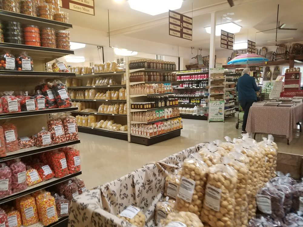 Fountain Acres Foods: 1140 W Whitewater Rd, Fountain City, IN