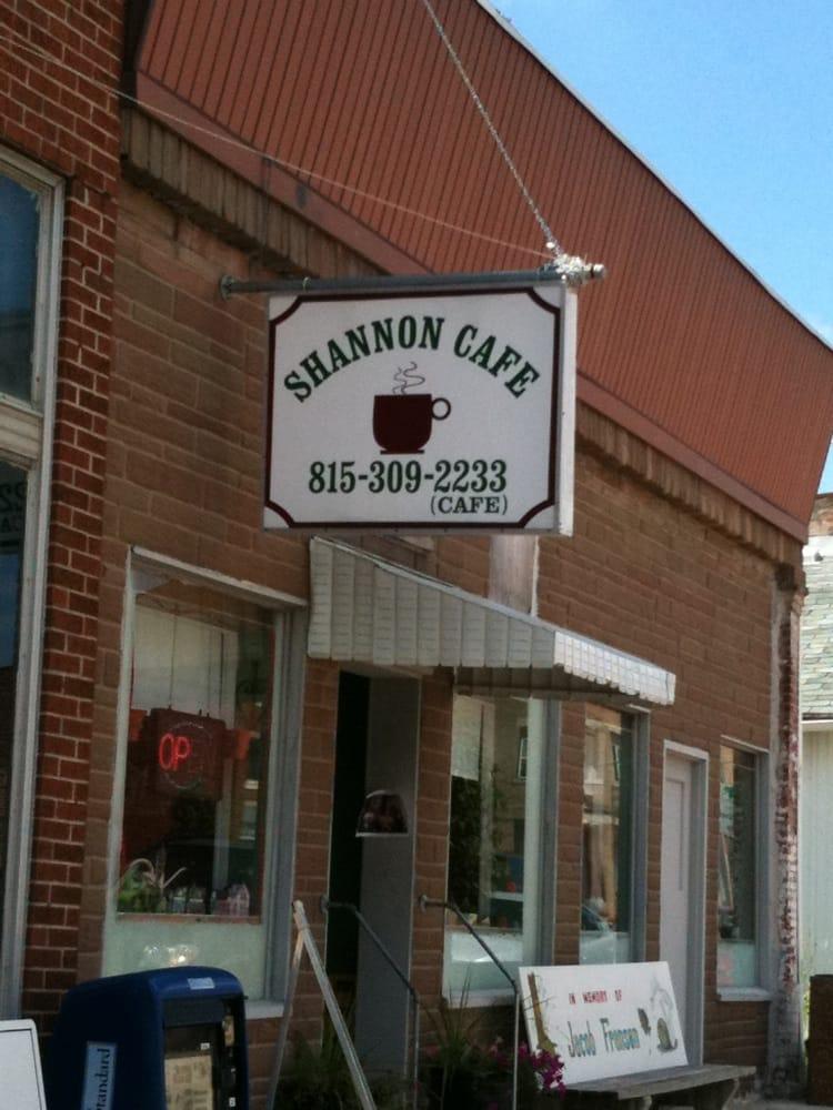 Shannon Cafe: 29 E Market St, Shannon, IL
