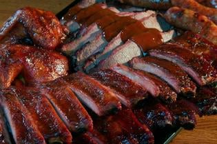 Shaw's Texas Style BBQ: 670 Parker Ave, Hercules, CA