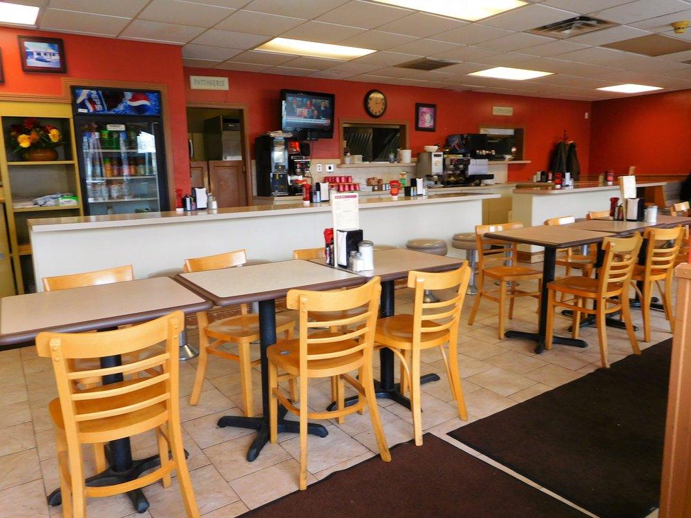 The Mill Restaurant: 156 S Main St, Acushnet, MA