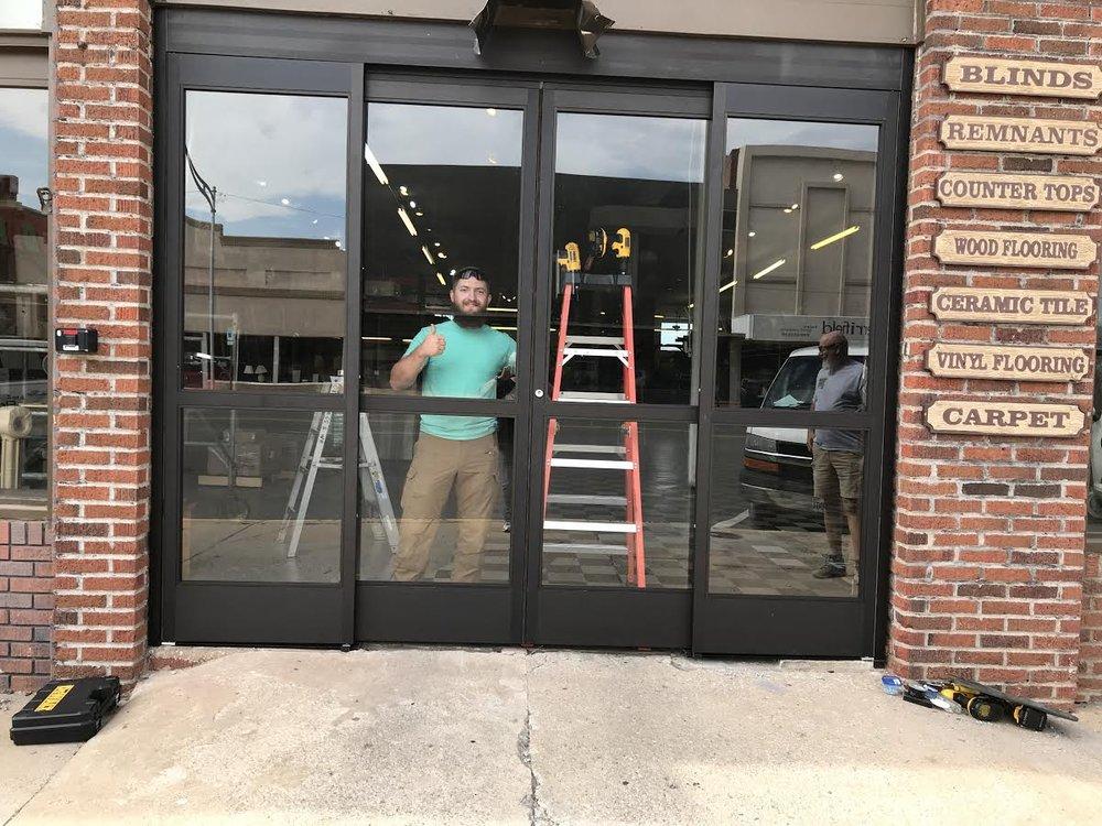 Oklahoma Glass & Wallpaper: 224 E Broadway Ave, Enid, OK