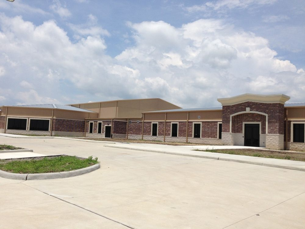 MercyGate Church: 9627 Eagle Dr, Mont Belvieu, TX