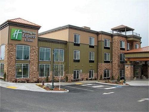 Holiday Inn Express & Suites Sequim: 1441 E Washington St, Sequim, WA