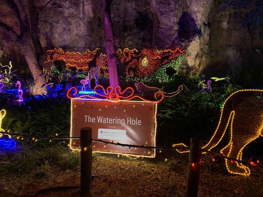 Houston Zoo: 6200 Hermann Park Dr, Houston, TX