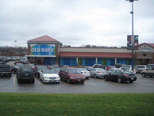 Old Navy: 377 Boardman Poland Rd, Youngstown, OH