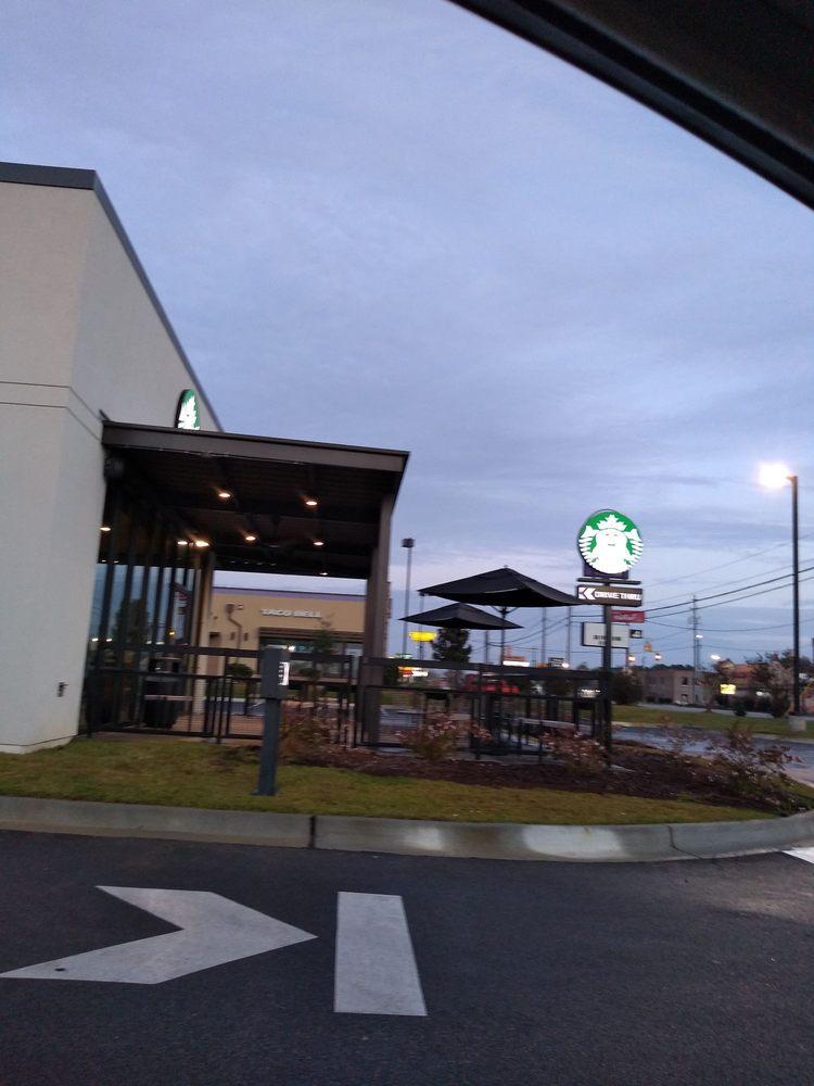 Starbucks: 709 Radford Blvd, Dillon, SC
