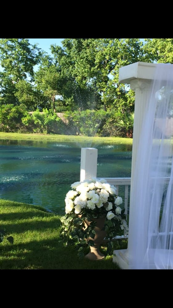Enchanted Gardens: 4807 Fm 646 Rd E, Dickinson, TX