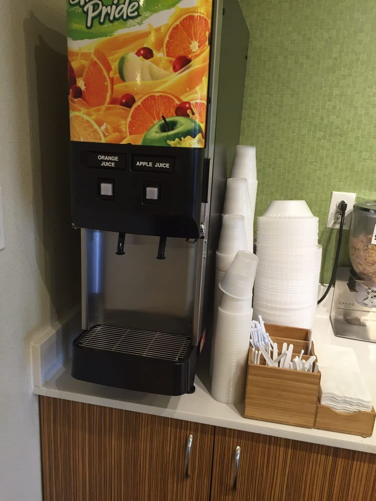 Springhill Suites St  Louis - Brentwood - 30 Photos  U0026 36 Reviews - Hotels