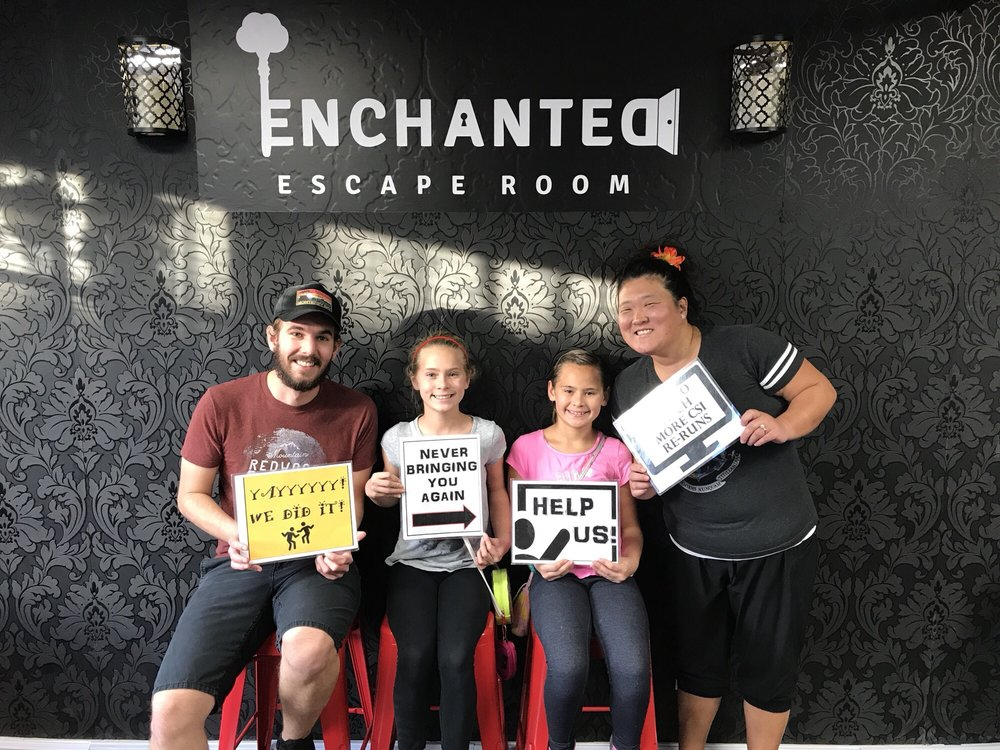Social Spots from Enchanted Escape Room