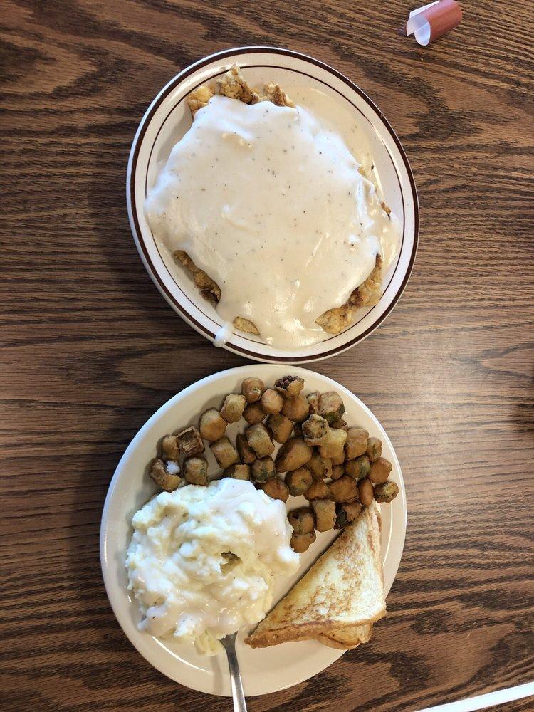 Truckers Cafe: 9232 W I-20, Merkel, TX