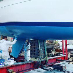 Larson Shipyard - 13 Photos & 10 Reviews - Boat Repair