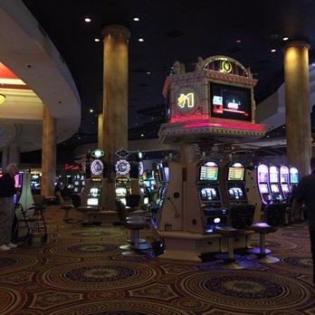 Las vegas casino cocktail waitress salary