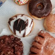 Donut Star 27 Photos 38 Reviews Donuts 4195 Chino Hills Pkwy
