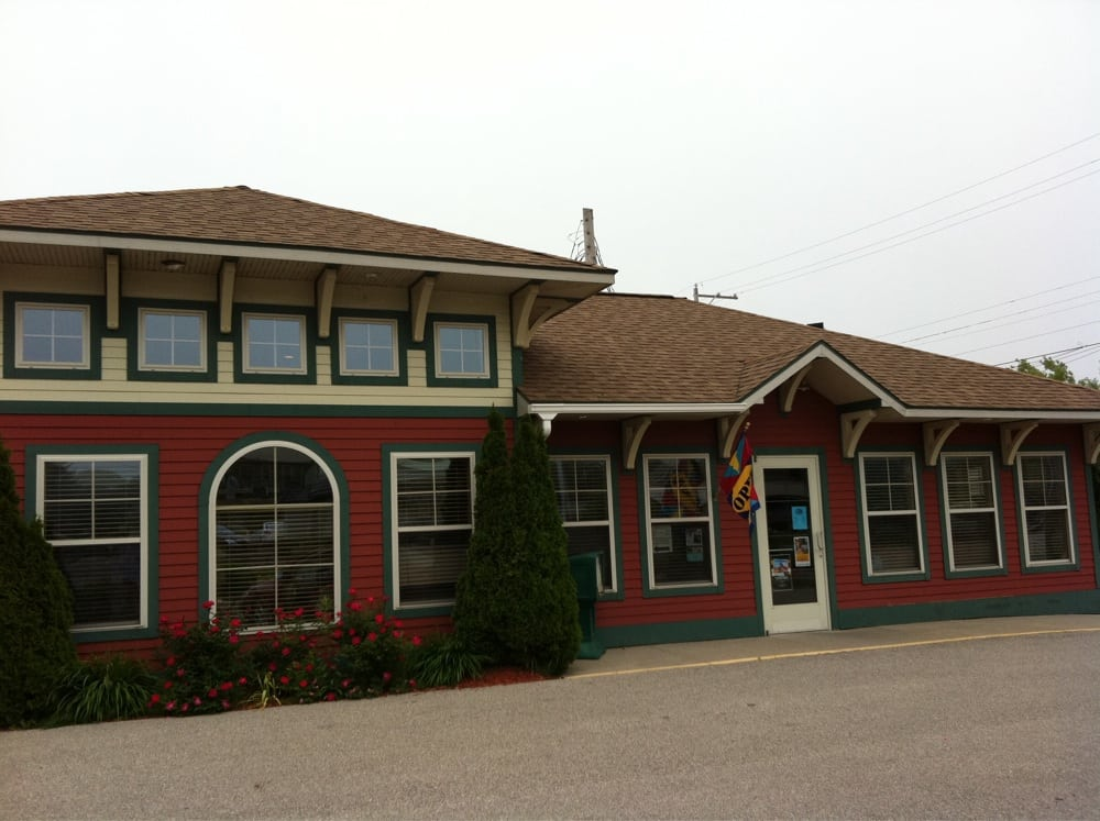 Manistee County Visitors Bureau: 310 1st St, Manistee, MI