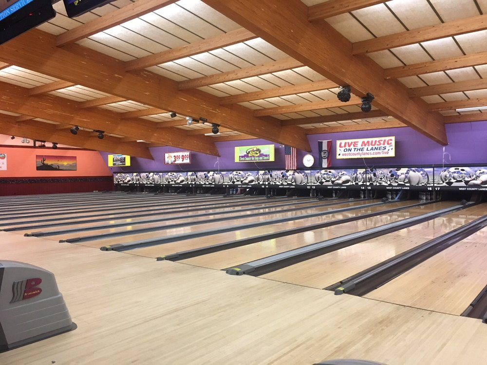 West County Lanes: 15727 Manchester Rd, Ellisville, MO