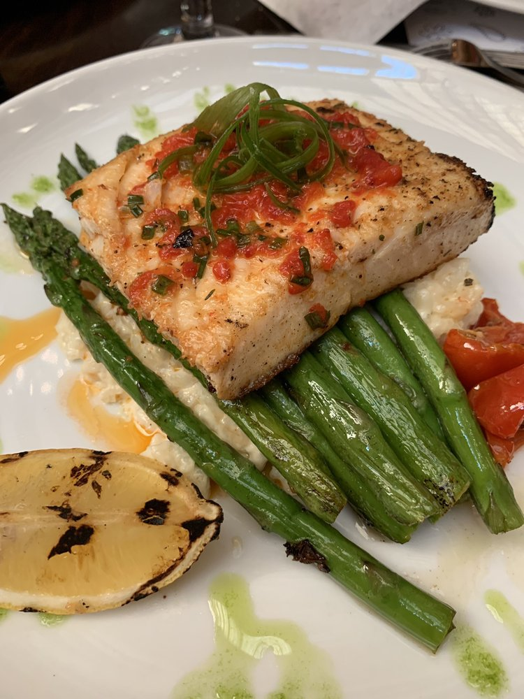 Waters Bar and Grille: 7900 NE 82nd Ave, Portland, OR