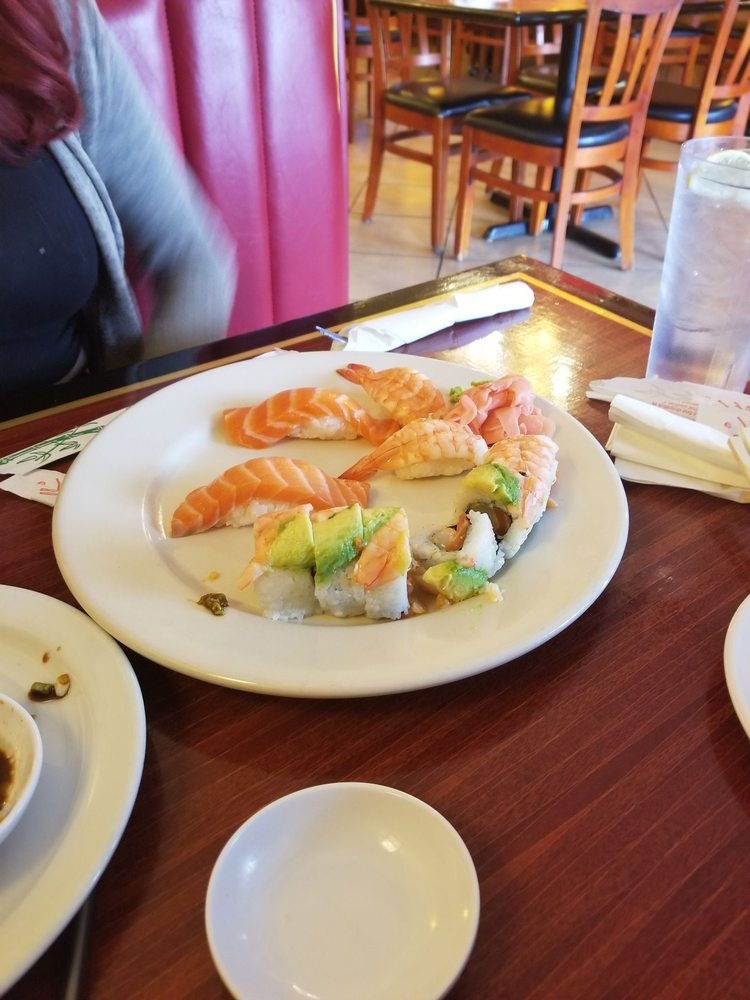 Sushi Valley: 10509 N Oracle Rd, Oro Valley, AZ