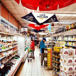 Devon Market - 44 Photos & 198 Reviews - Grocery - 1440 W Devon Ave ...
