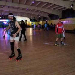 Roller skating in manassas virginia