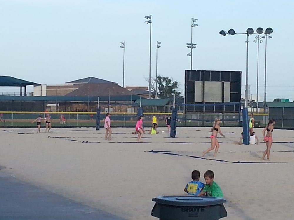 The Beach at Craig Ranch: 6145 Alma Rd, McKinney, TX