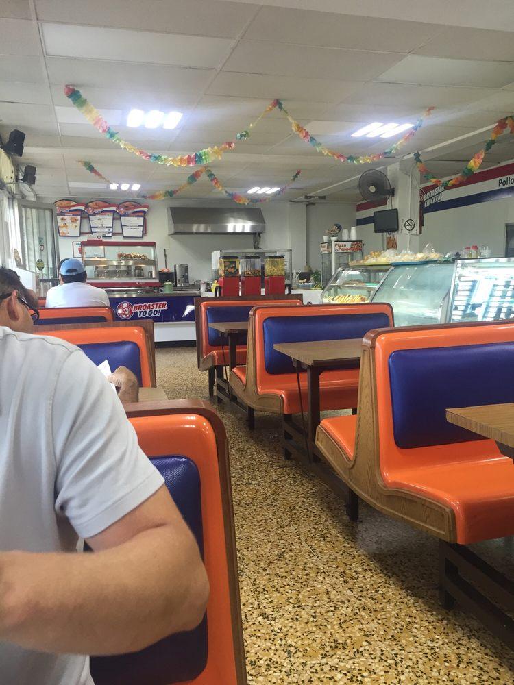 El Maná Bakery: 1 Puerto Rico 129, Lares, PR