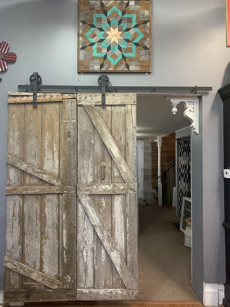 The Broken Mug Coffee Shop: 106 S Main St, Maryville, MO