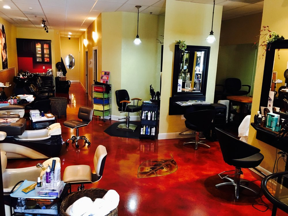 Fonsi Beauty Salon & Day Spa: 11223 Potranco Rd, San Antonio, TX