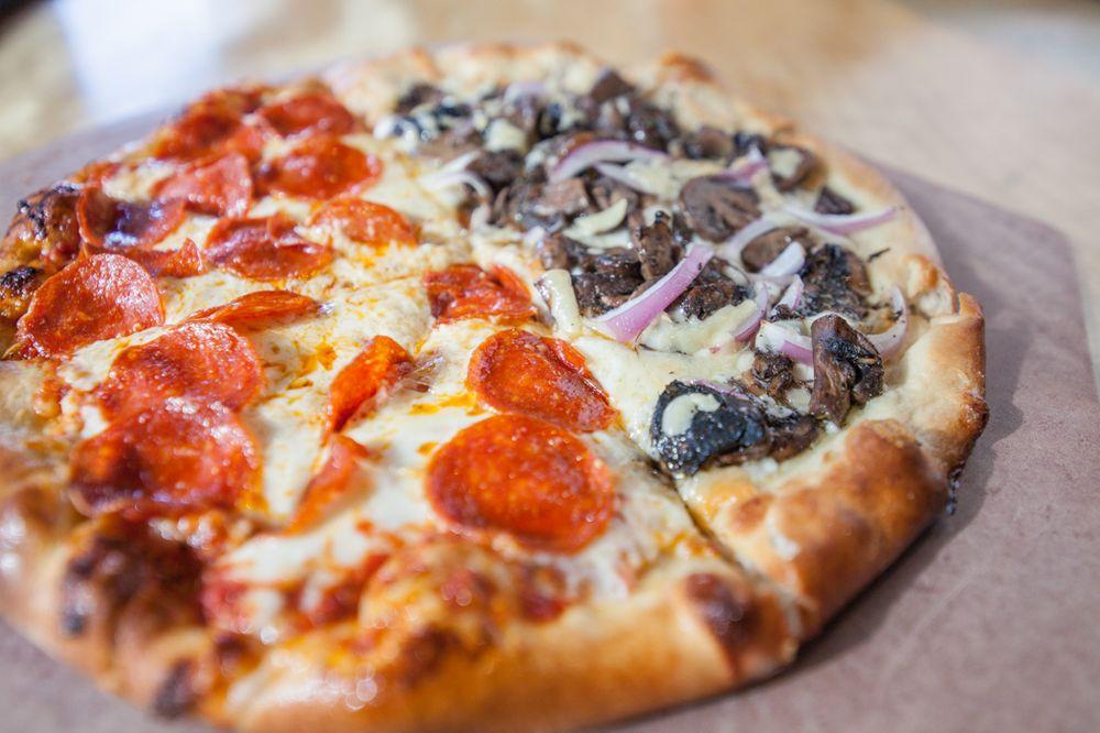 PW Pizza - 143 Photos & 205 Reviews - Pizza - 2017 Chouteau Ave ...