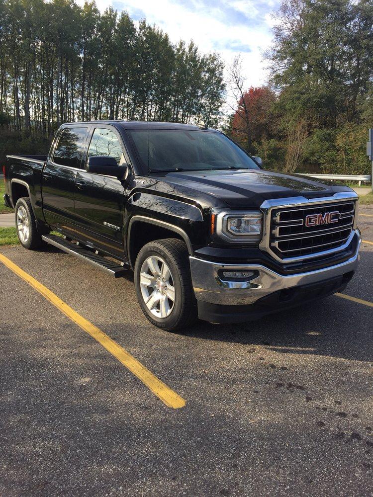 Professional Auto Body: 32755 Wood St, Rockwood, MI