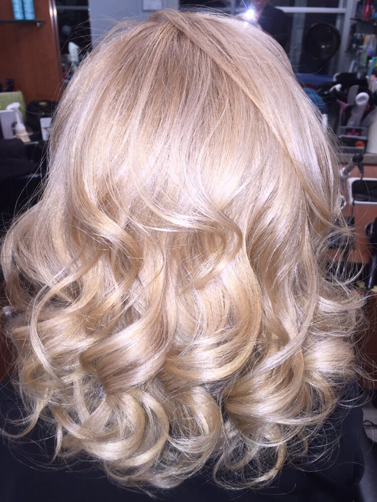 Fresh Base And Highlights On Missy Gloss In Redken Shades Eq