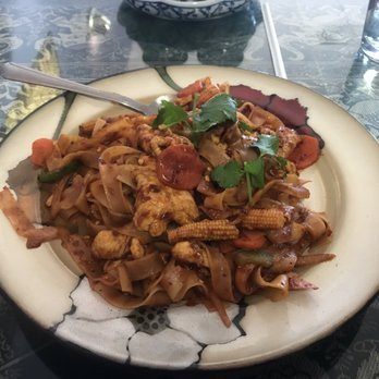 Ayothaya thai cafe order online 111 photos 113 for Ayothaya thai cuisine