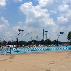 Bentonville city pool 2403 e central ave for Bentonville pool