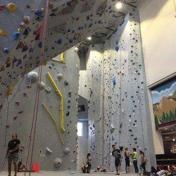 Mesa Rim, San Diego CA - Climbing - Pac Man - YouTube