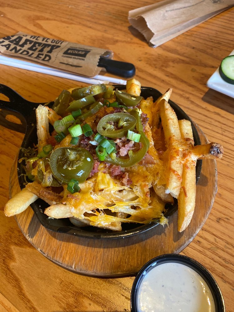 Chili's: 1515 N Interstate 27, Plainview, TX