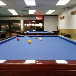 Uno Billiards Photos Pool Billiards Sherman Way - Pool table movers thousand oaks