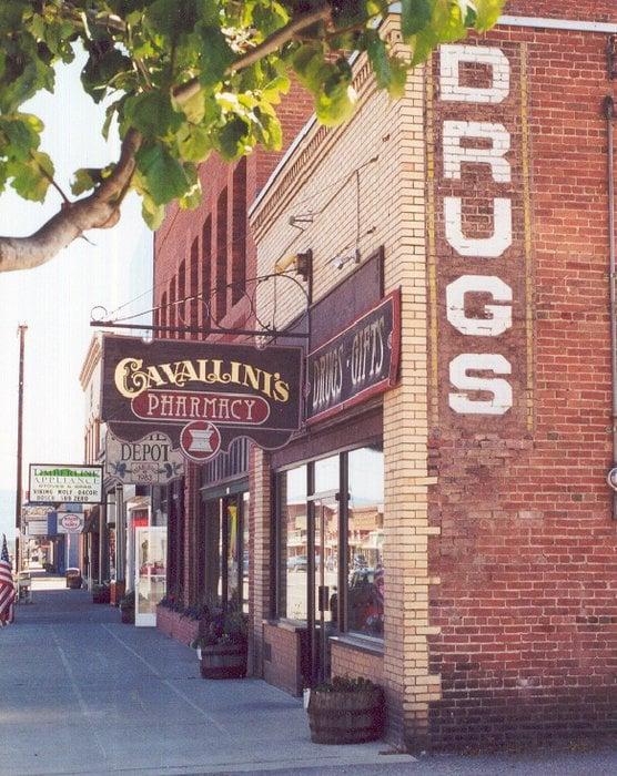 Cavallini's Pharmacy: 106 E 1st St, Cle Elum, WA