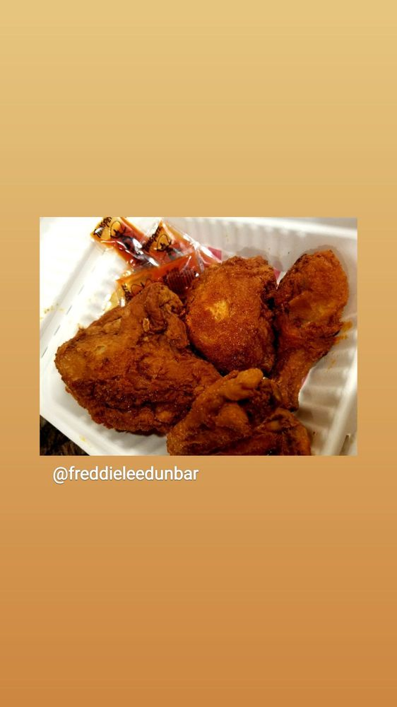 Freddie Lee's Seafood Smorgasbord: 1510 E Pine St, Central Point, OR
