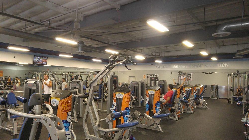 Photo Of Crunch Huntington Beach Ca United States Gym