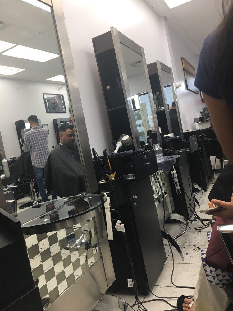 Nulook Beauty Salon