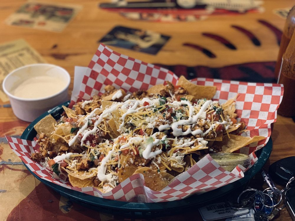 TikiTaco: 1710 W 39th St, Kansas City, MO