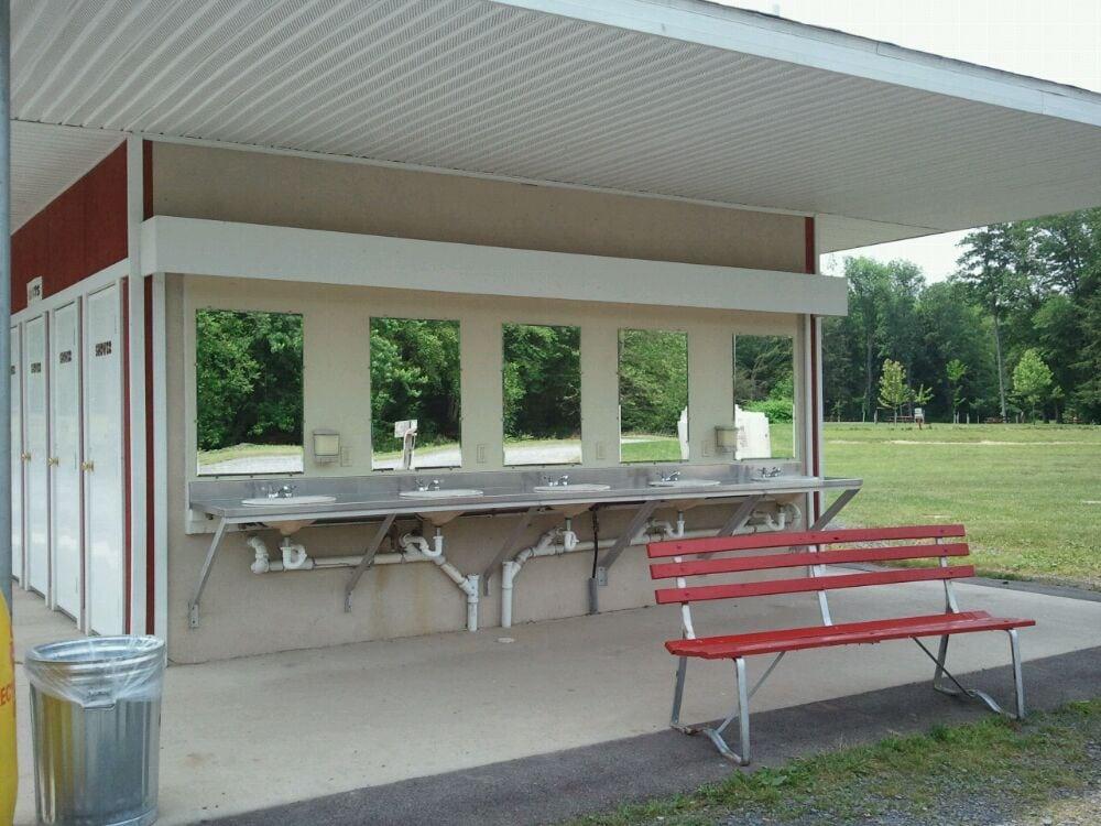 Knoebels Lake Glory Campground: 96 Eisenhower Rd, Catawissa, PA