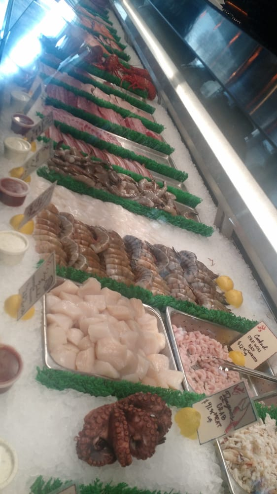 Photos for el pescador fish market restaurant yelp for Fish restaurant la jolla