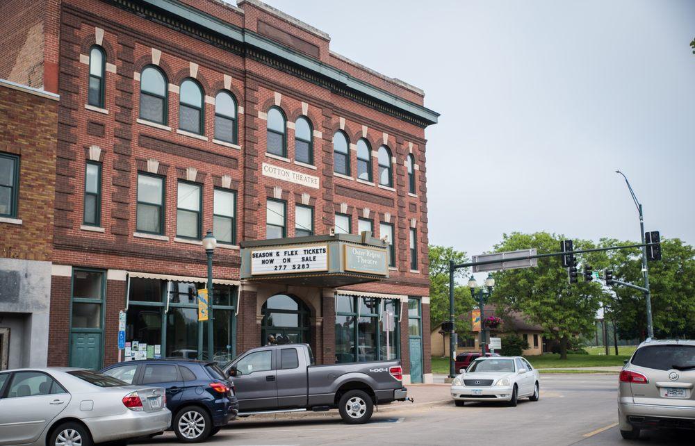 Cedar Falls Community Theatre: 103 Main St, Cedar Falls, IA