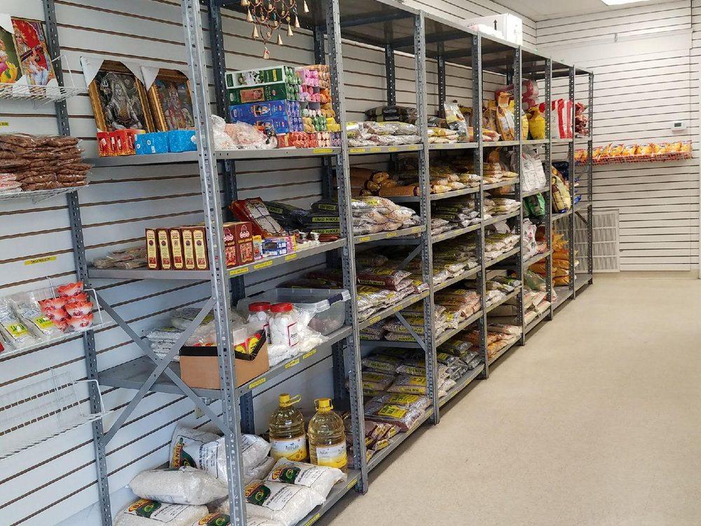 G Market: 4520 Brambleton Ave, Cave Spring, VA