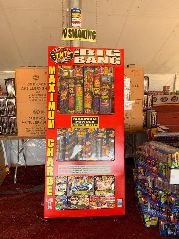 TNT Fireworks: 17771 US-84, Santa Fe, NM