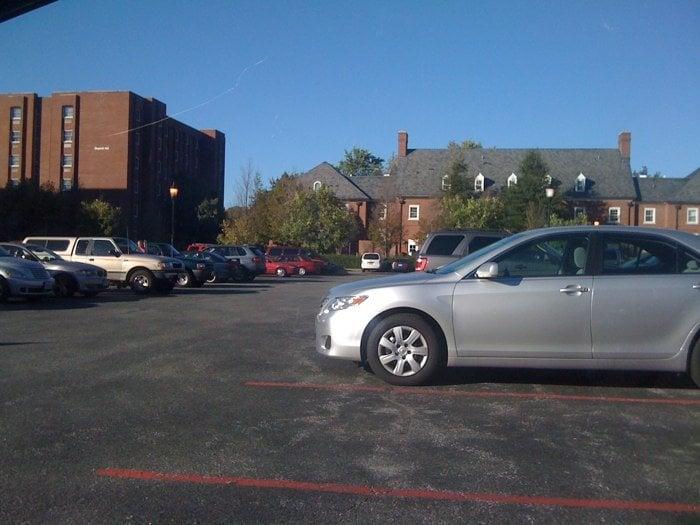Salisbury University: Wayne St, Salisbury, MD