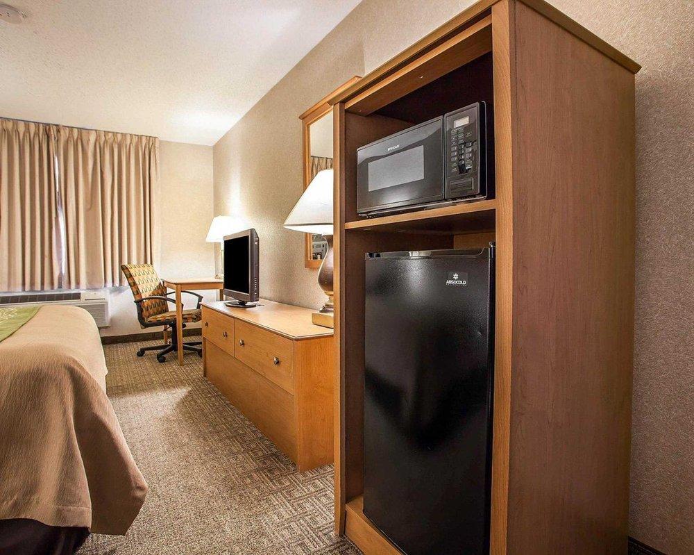 Comfort Inn - 44 Photos & 19 Reviews - Hotels - 7392 Argus Dr ...