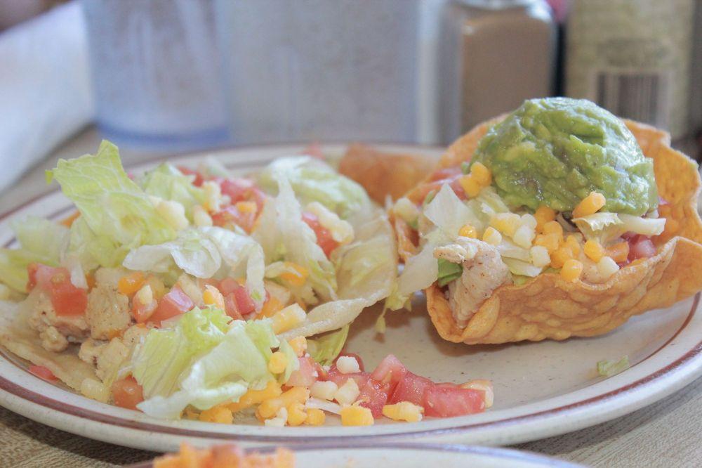 La Escondida Cafe: 109 N Delaware Ave, Roswell, NM