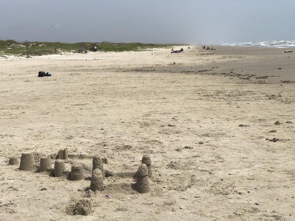 Malaquite Beach Visitor Center: 20420 Park Rd 22, Corpus Christi, TX